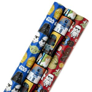 Star Wars characters wrapping paper rolls