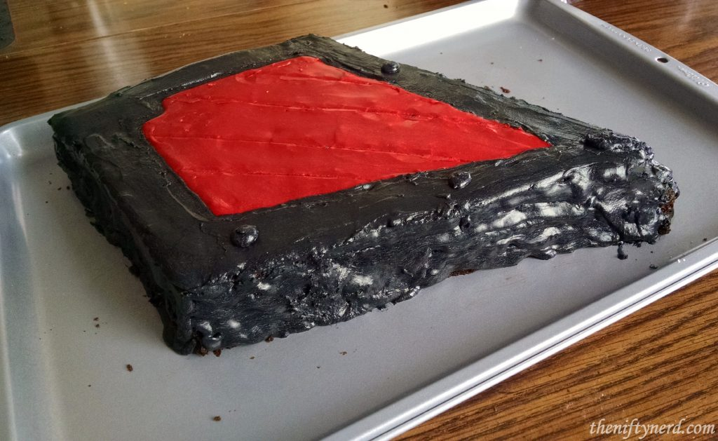 red and black Horde cake frosting